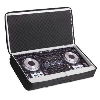 תיק נשיאה UDG Urbanite MIDI Controller Sleeve Extra Large Black - לבמה ציוד הגברה ותאורה בע״מ